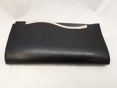 Hullám boríték táska  fekete matt